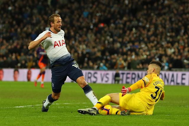 Kane should have equalised for Spurs but Man City's Ederson bravely blocked his shot