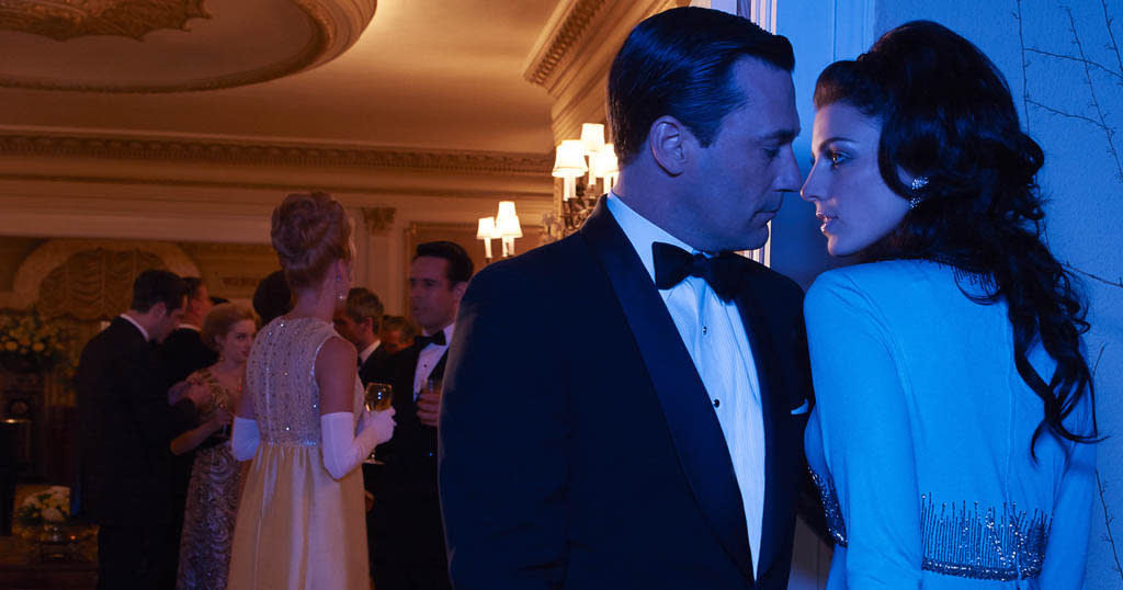 Don Draper (Jon Hamm) and Megan Draper (Jessica Pare) - Mad Men - Season 6