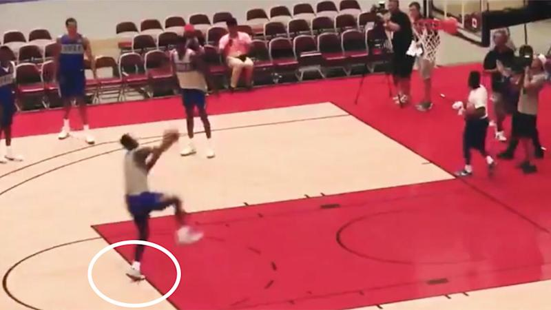 Zion Williamson Dunks From Free Throw Line
