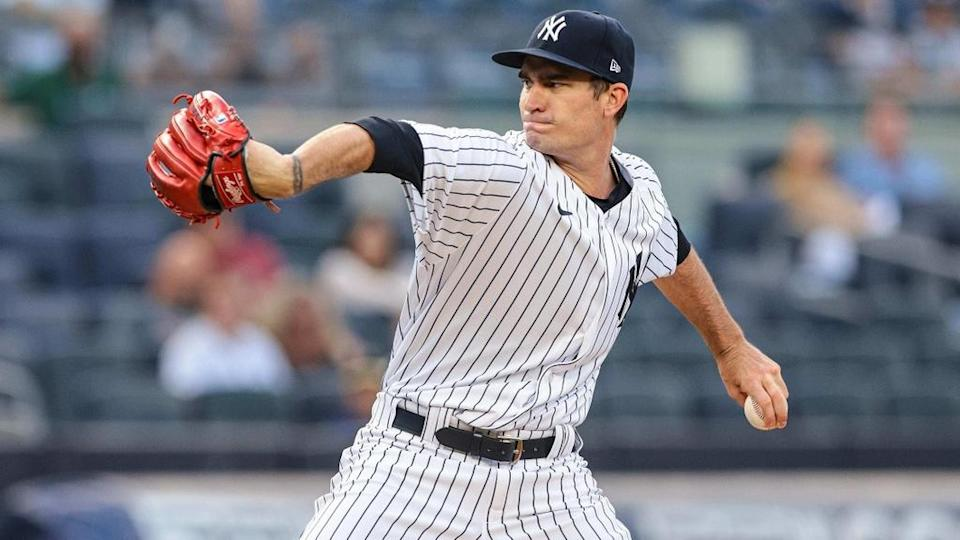 Yankees Andrew Heaney pitches debuts