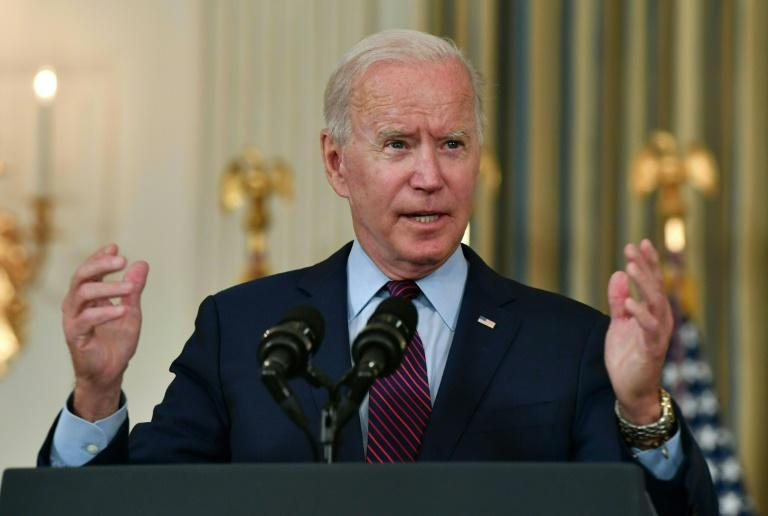 US President Joe Biden is trying to get the two wings of his fellow Democrats to meet in the middle on an ambitious social spending package (AFP/Nicholas Kamm)