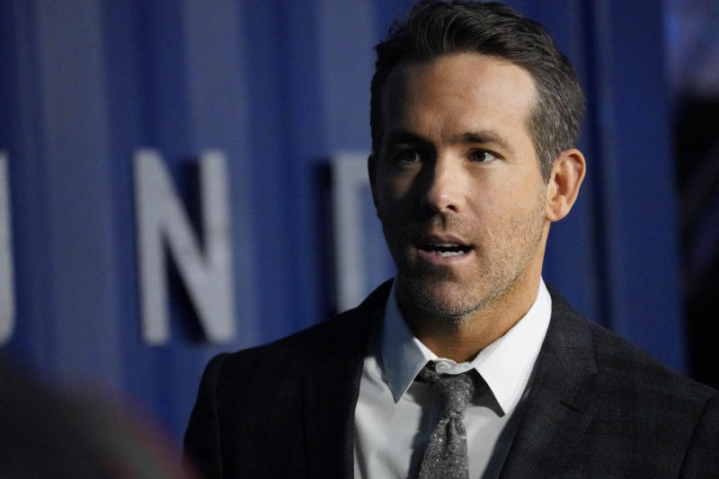 "Photo by: John Nacion/STAR MAX/IPx 2019 12/10/19 Ryan Reynolds at the premiere of ""6 Underground"" in New York City."