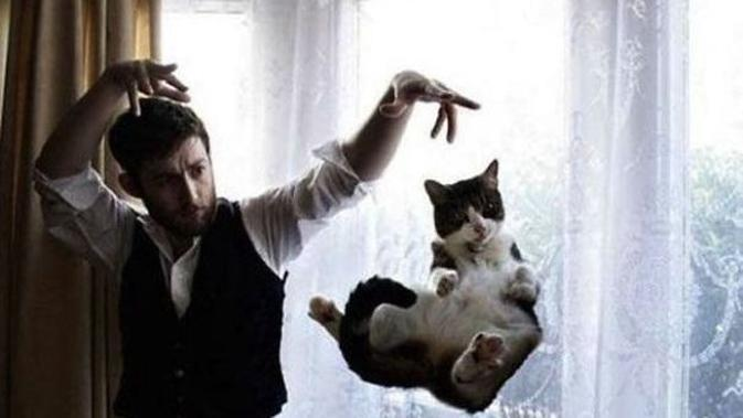 So, lets do your magic, hooman! Im flying!