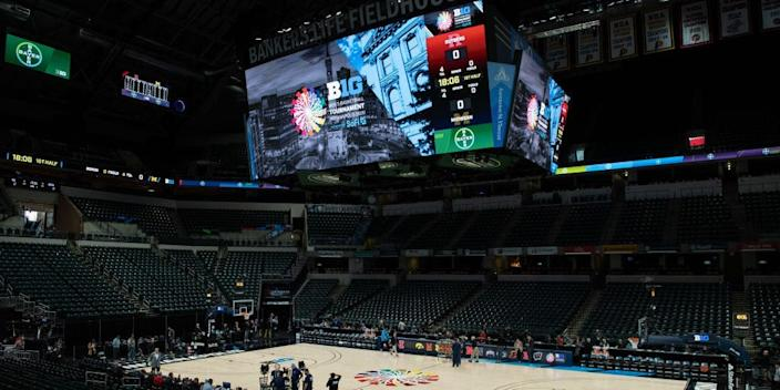 "Bankers Life Fieldhouse in Indianapolis, Indiana. <p class=""copyright"">Zach Bolinger/Icon Sportswire via Getty Images</p>"