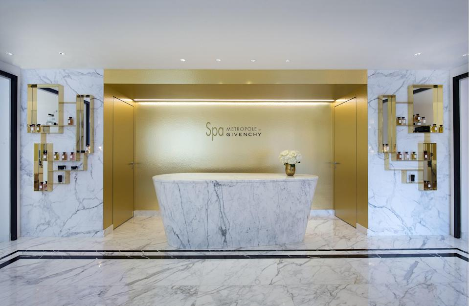 The receptionist desk at the Spa Metropole by Givenchy
