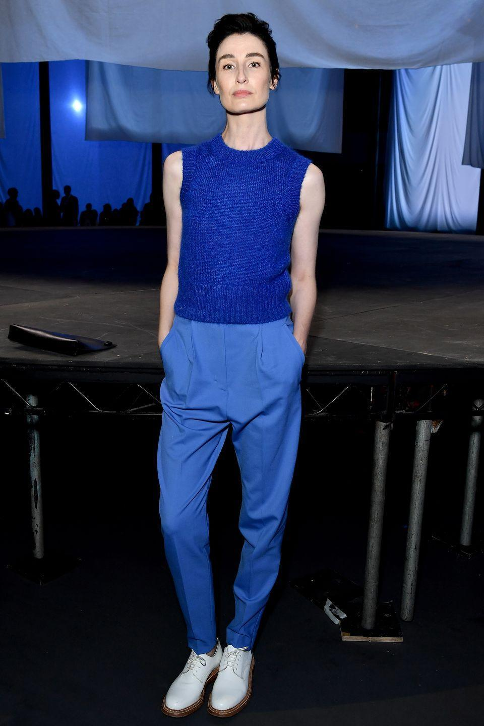 <p><strong>21 September</strong></p><p>Erin O'Connor gave us a lesson in tonal dressing in a blue ensemble. </p>