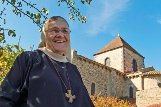 Monks and nuns make big business in France
