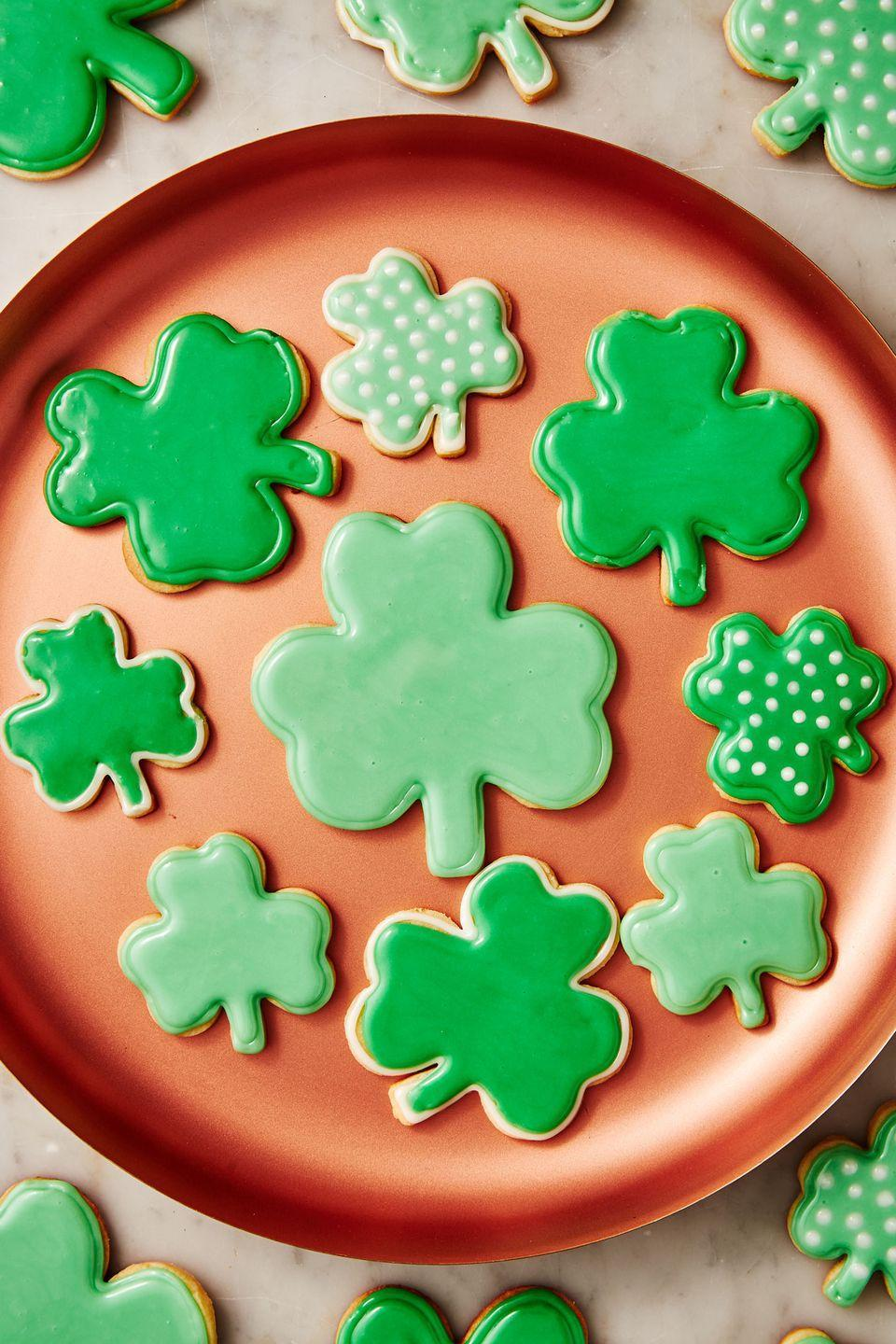 """<p>How <em>gorgeous</em> are these?</p><p>Get the recipe from <a href=""""https://www.delish.com/cooking/recipe-ideas/a30877659/st-patricks-day-cookie-recipe/"""" rel=""""nofollow noopener"""" target=""""_blank"""" data-ylk=""""slk:Delish."""" class=""""link rapid-noclick-resp"""">Delish. </a></p>"""