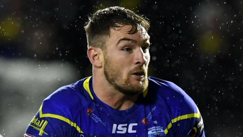 Warrington beat Tigers on mud bath, Barba inspires Saints