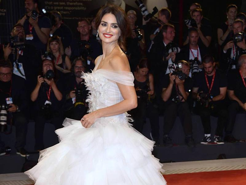 "Penélope Cruz strahlte bei der ""Wasp Network""-Premiere in Venedig (Bild: imago images / Independent Photo Agency Int.)"