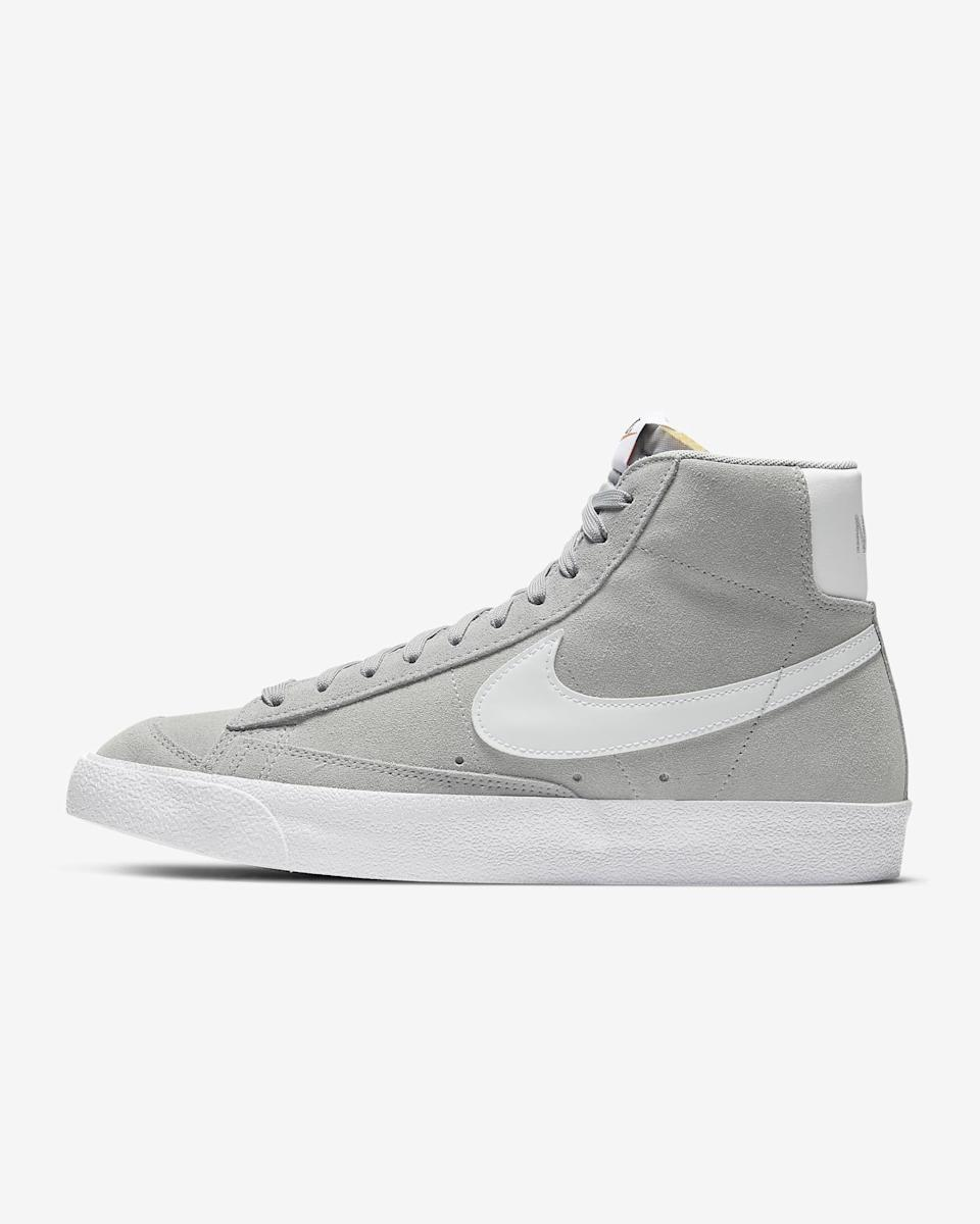 """<p><strong>nike</strong></p><p>nike.com</p><p><strong>$100.00</strong></p><p><a href=""""https://go.redirectingat.com?id=74968X1596630&url=https%3A%2F%2Fwww.nike.com%2Ft%2Fblazer-mid-77-suede-shoe-HxFGDP&sref=https%3A%2F%2Fwww.menshealth.com%2Fstyle%2Fg36283507%2Fmens-dress-sneakers%2F"""" rel=""""nofollow noopener"""" target=""""_blank"""" data-ylk=""""slk:BUY IT HERE"""" class=""""link rapid-noclick-resp"""">BUY IT HERE</a></p><p>The lines between casual and dressy are more blurred than ever, and I don't know about you, but I plan to take full advantage. Nike's retro mid-rise Blazer looks just as good with <a href=""""https://www.menshealth.com/style/a26343928/suit-with-sneakers/"""" rel=""""nofollow noopener"""" target=""""_blank"""" data-ylk=""""slk:suiting or tailored trousers"""" class=""""link rapid-noclick-resp"""">suiting or tailored trousers</a> as it does on the court, thanks to a luxurious suede finish. </p>"""