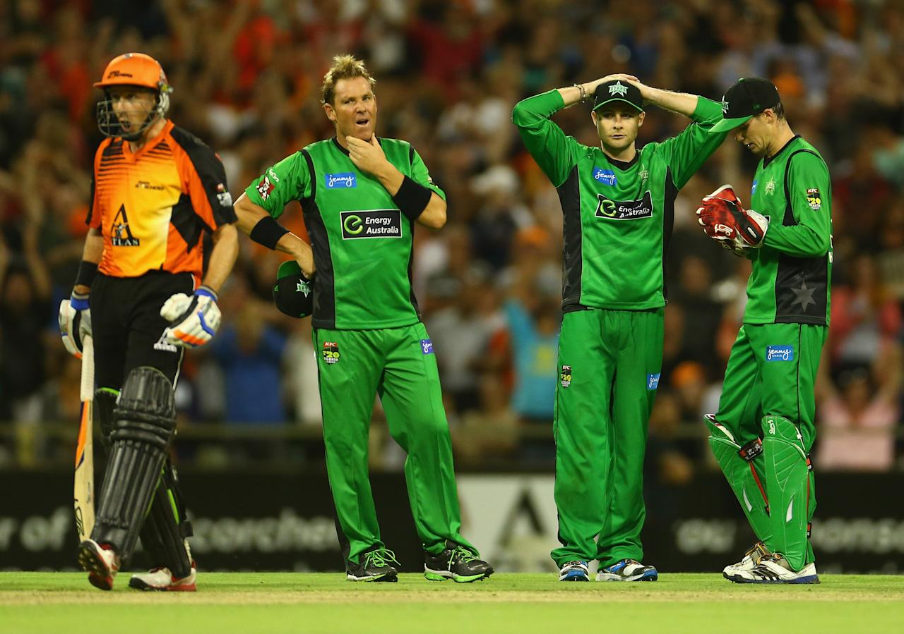 PERTH, AUSTRALIA - JANUARY 16: Shane Warne, Luke Wright and Peter Handscomb of the Stars look dejected after the last ball was awarded a free hit during the Big Bash League semi-final match between the Perth Scorchers and the Melbourne Stars at the WACA on January 16, 2013 in Perth, Australia.  (Photo by Robert Cianflone/Getty Images)