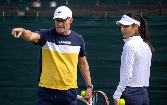 All England Lawn Tennis and Croquet Club, London, Britain - July 4, 2021 Britain's Emma Raducanu with her coach Nigel Sears during practice - Emma Raducanu switches coach after thrilling Wimbledon run - REUTERS