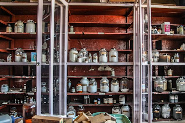 <p>A chemistry closet in the biology lab. (Photo: Leland Kent/Caters News) </p>