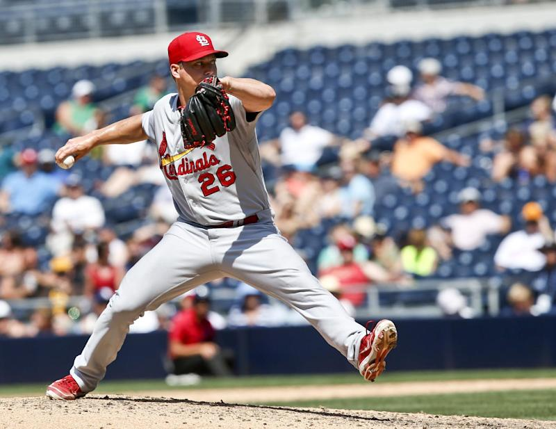 Cardinals' Rosenthal leads majors with 34 saves