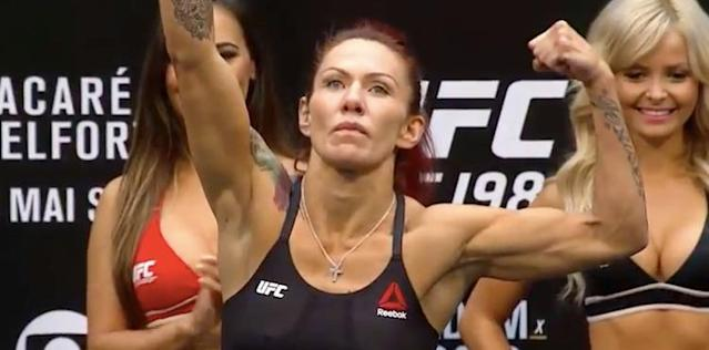 Cris Cyborg Dismantles Tonya Evinger; Claims Her Featherweight Title at UFC 214