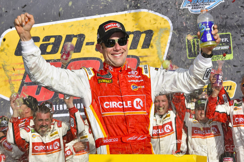 "Race winner Matt Kenseth, Joe Gibbs Racing Toyota<span class=""copyright"">Nigel Kinrade / NKP / Motorsport Images</span>"