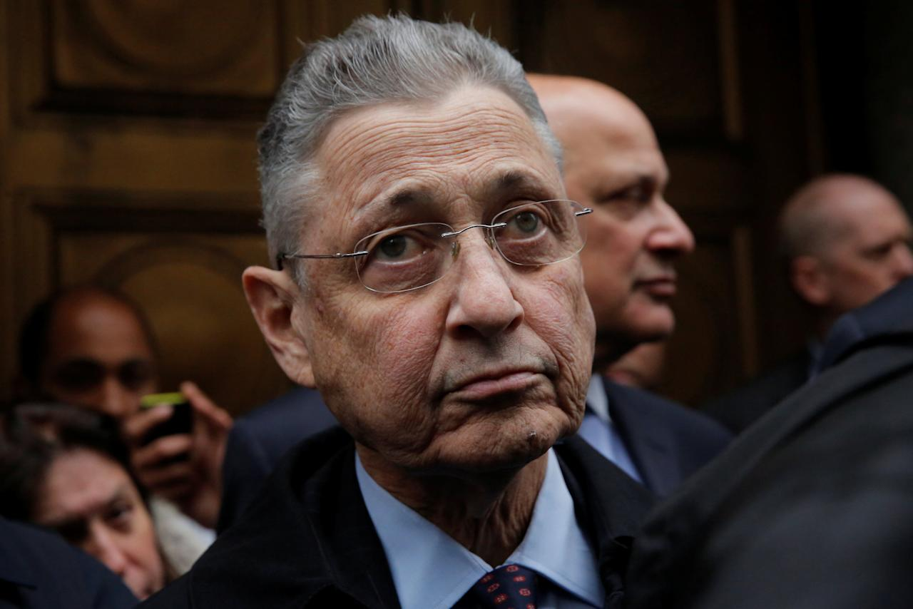 Former New York State Assembly Speaker Sheldon Silver exits the Manhattan U.S. District Courthouse in New York City, U.S., May 3, 2016.  REUTERS/Andrew Kelly      TPX IMAGES OF THE DAY