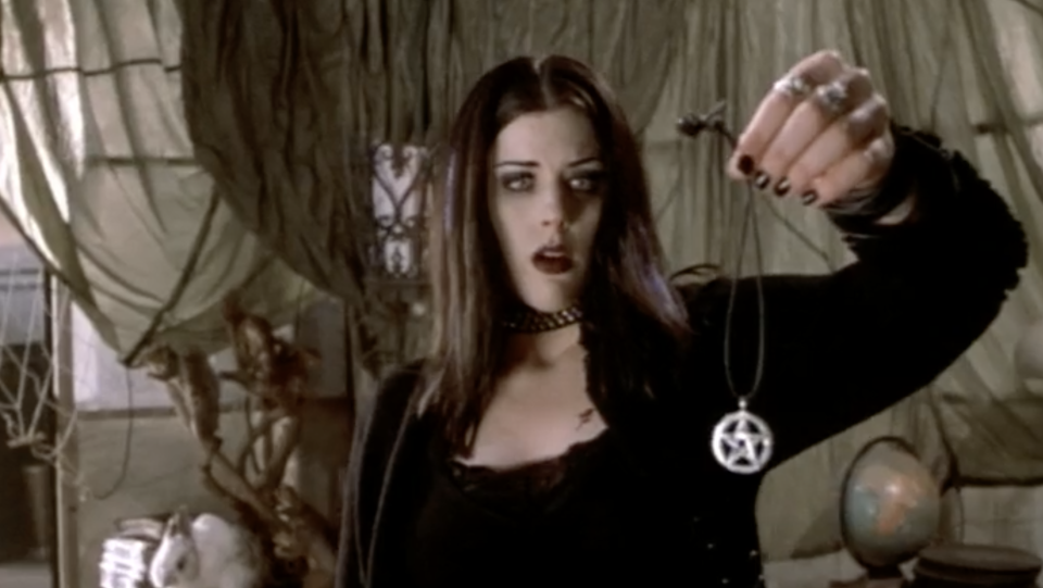 A scene from 'Book of Shadows: Blair Witch 2'. (Artisan Entertainment)