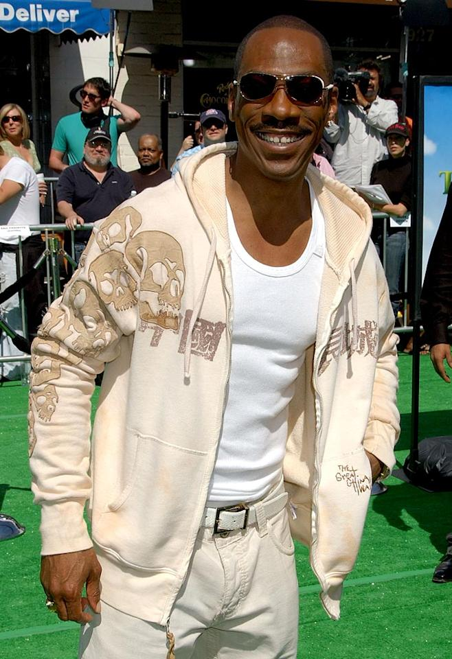 "Eddie Murphy grins on the green carpet. Gregg DeGuire/<a href=""http://www.wireimage.com"" target=""new"">WireImage.com</a> - May 6, 2007"