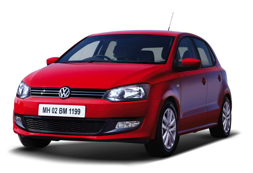 Volkswagen is also offering a good discount on the Polo, which ranges from Rs. 10,000/- to Rs. 25,000/- (with exchange bonus).