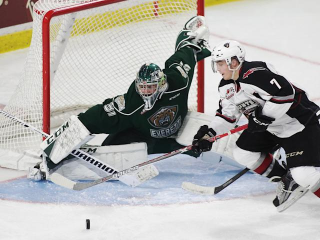 Ty Ronning #7 of the Vancouver Giants is stopped by goaltender Mario Petit #31 of the Everett Silvertips during the second period of their WHL game at the Langley Events Centre on December 27, 2016 in Langley, British Columbia, Canada. (Getty)