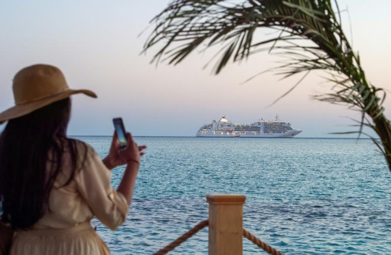 Saudi cruise spotlights pristine sites, economic ambitions