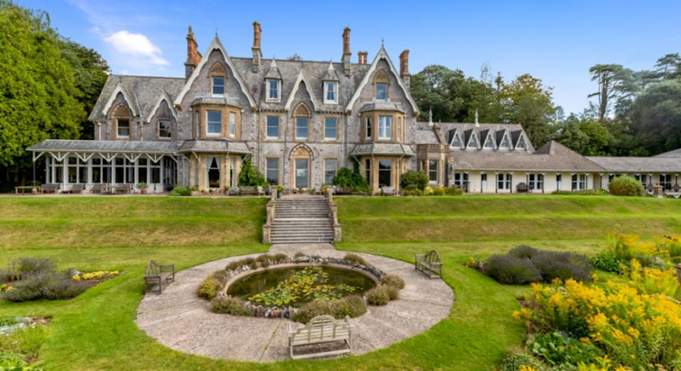 This 67-room manor has just gone on the market (SWNS)