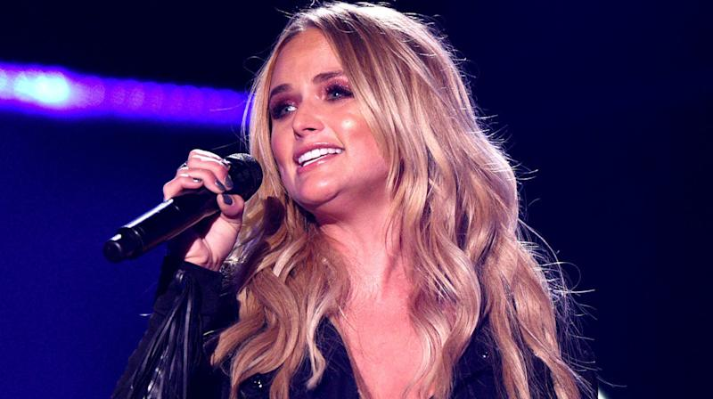 Miranda Lambert Is Saving Dogs By The Truckload In Texas