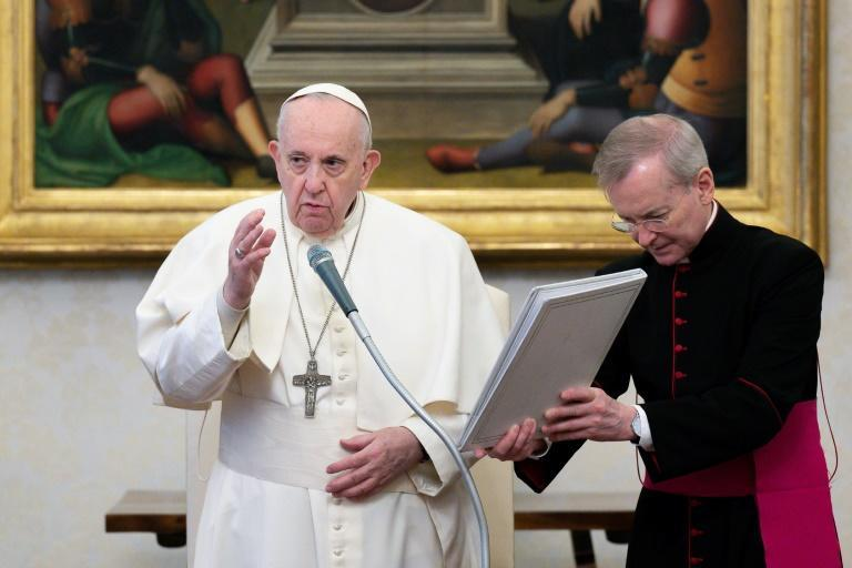 """Marking Vatican Radio's 90th birthday, Pope Francis said radio """"carries the word to the most distant places"""""""