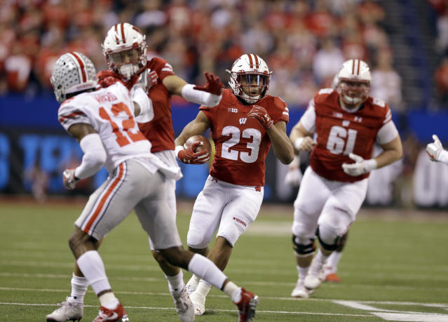 Wisconsin freshman Jonathan Taylor is one of the best running backs in the country. (AP Photo/AJ Mast)