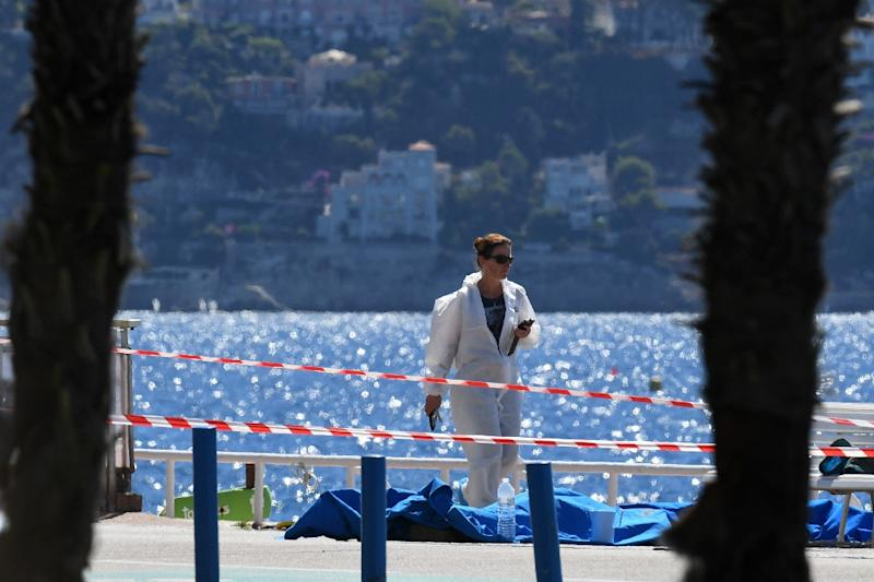 """The place of the """"terrorist"""" attack in the French Riviera city of Nice was a top tourist destination: the palm-lined Promenade des Anglais along the Mediterranean coast (AFP Photo/Boris Horvat)"""