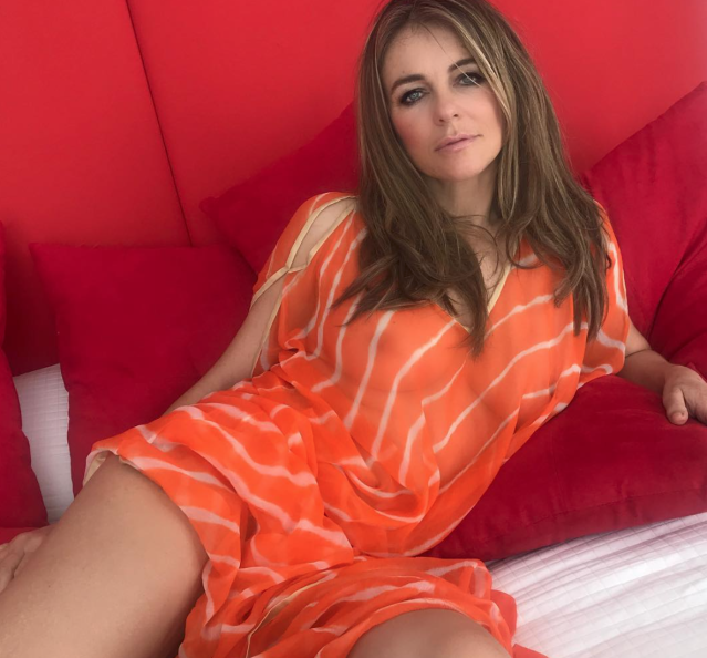 <p>This cover-up didn't exactly cover everything up.(Photo: elizabethhurley1 via Instagram </p>