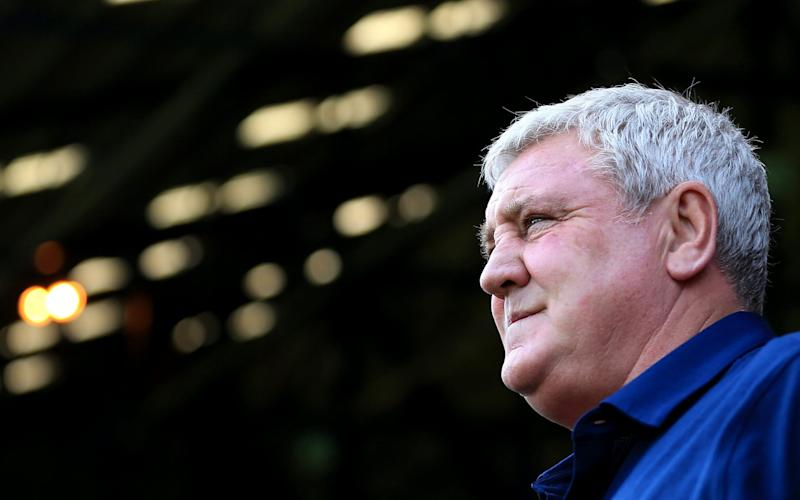 Steve Bruce has resigned as manager of Sheffield Wednesday in the hope of forcing through a move - Getty Images Europe