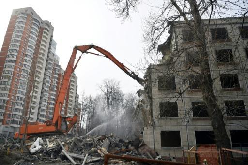 Controversial Moscow housing plan comes into force