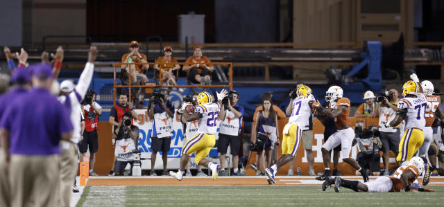 LSU Tigers running back Clyde Edwards-Helaire #22 scores a touchdown against the Texas Longhorns Saturday Sept. 7, 2019 at Darrell K Royal-Texas Memorial Stadium in Austin, Tx. LSU won 45-38. ( Photo by Edward A. Ornelas )