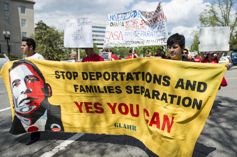 Immigration reform advocates march to the U.S. Capitol then on to the White House on May 1, 2014, calling on Congress and President Obama to stop deportations and pass immigration reform. (Photo: Bill Clark/CQ Roll Call via Getty Images)