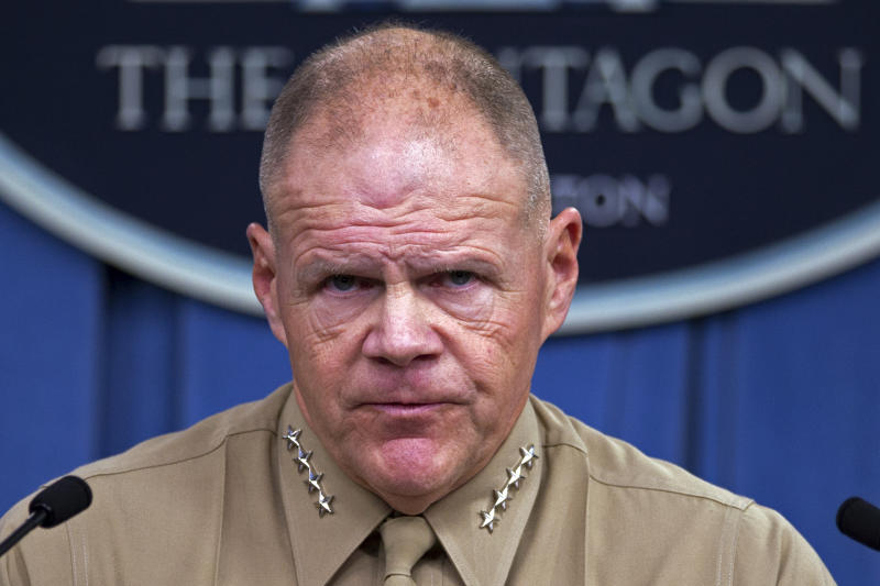 Top Marine asks women to 'trust us' in nude-photo inquiry