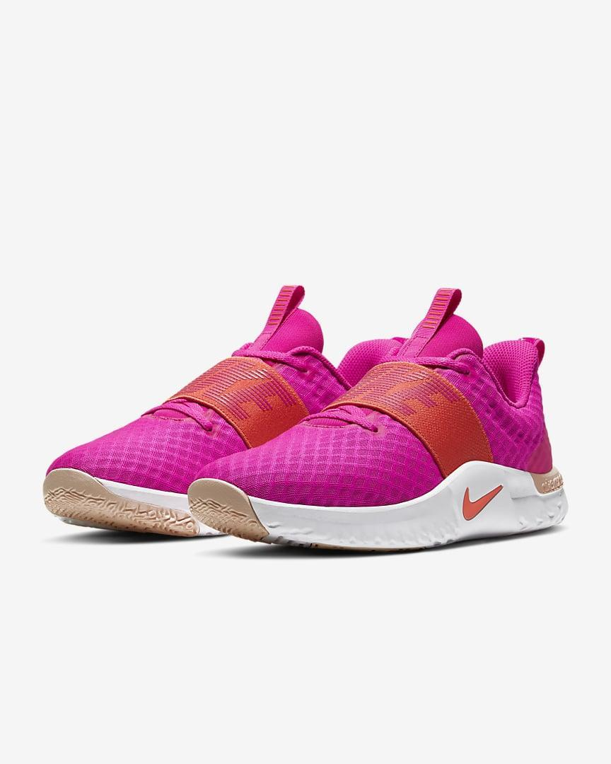 <p>Color block in style with these <span>Nike In-Season TR 9 Women's Training Shoes</span> ($57, originally $75). It's light, stable and features deep, comfortable footbed for superior impact absorption and energy return throughout your entire workout.</p>
