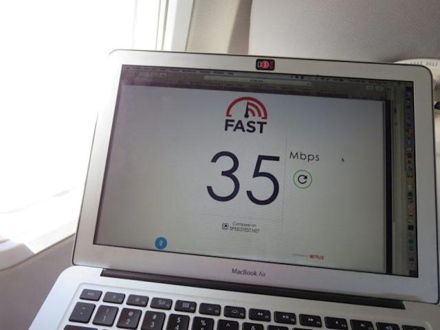 Measuring Gogo's Wi-Fi speeds. This is more than enough to stream video.