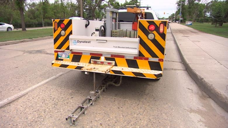 Pavement-pounding technology that gathers data on road condition hits Winnipeg streets
