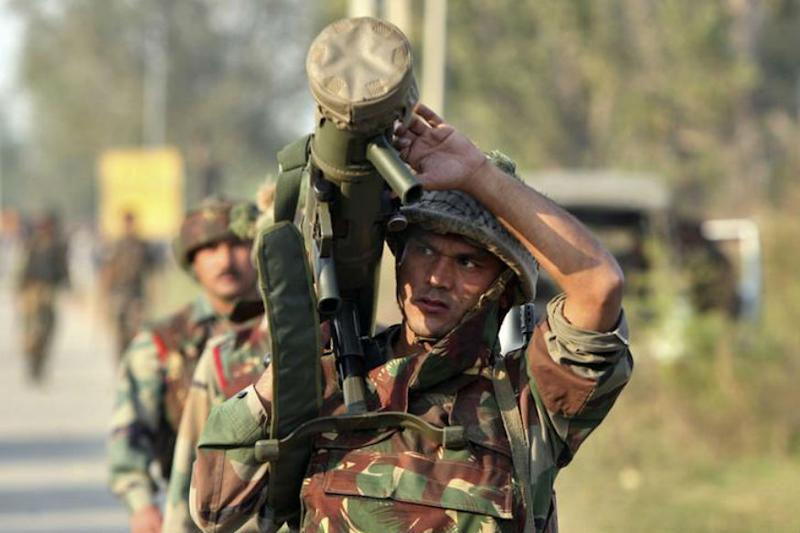 Around 300 terrorists ready to sneak into Indian Territory: Army Commander