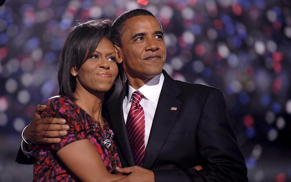 Michelle and Barack Obama in 2008 - SHAWN THEW/EPA
