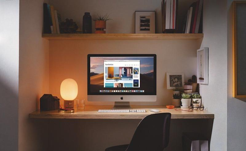 The iMacs keep the same design as their predecessors. (image: Apple)
