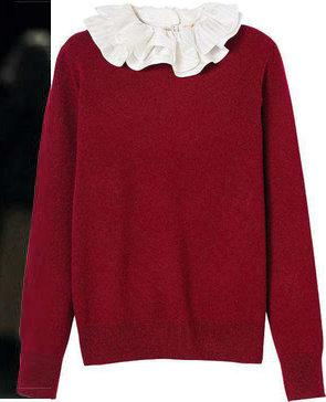 Pull, From Future, 59 €. Blouse, Tory Burch, 400 €.