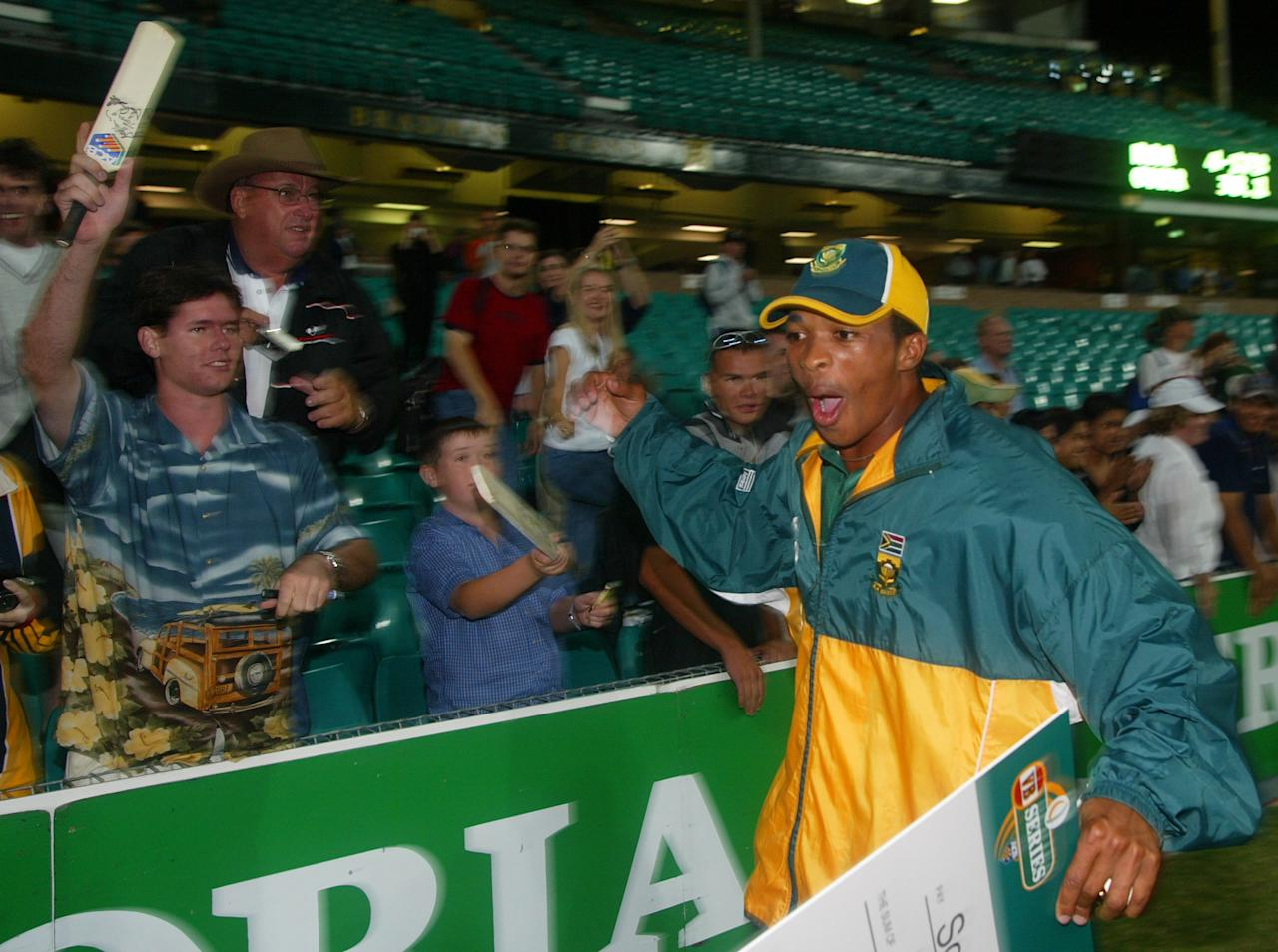 8 Feb 2002:  Makhaya Ntini of South Africa celebrates his team's victory, during the VB Series Second Final between South Africa and New Zealand played at the Sydney Cricket Ground, Sydney, Australia. DIGITAL IMAGE Mandatory Credit: Hamish Blair/Getty Images