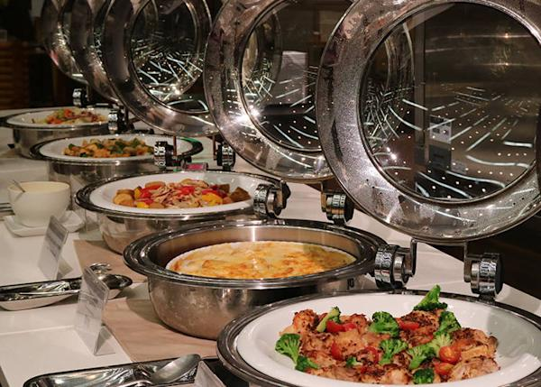 The dinner buffet offering succulent dishes made with renowned Furano Pork and fresh local vegetables