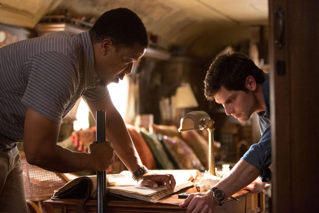 "Russell Hornsby as Hank Griffin and David Giuntoli as Nick Burkhardt in the ""Grimm"" episode, ""The Bottle Imp."""
