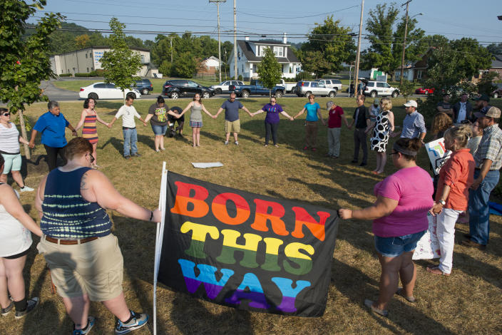 Supporters of same-sex marriage form a prayer circle during a protest in front of the Rowan County Courthouse, Sept. 4, 2015, in Morehead, Ky. (Photo: Ty Wright/Getty Images)