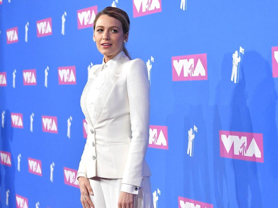 "Blake Lively wore head-to-toe white at the MTV Video Music Awards. <p class=""copyright"">Mike Coppola/Getty Images</p>"